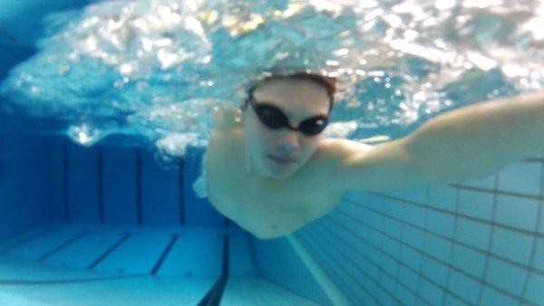 Schulterrotation beim Kraulschwimmen